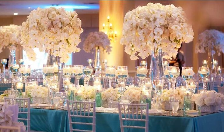Tiffany blue and white wedding table set up