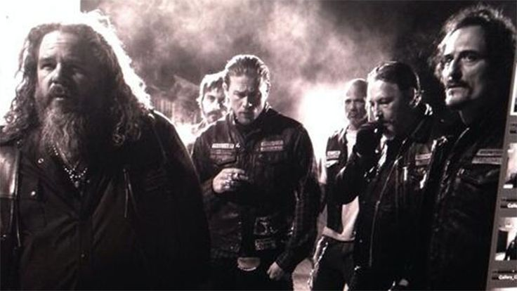 The League of British Artists: 'Sons of Anarchy' spoilers: More on Charlie Hunnam...