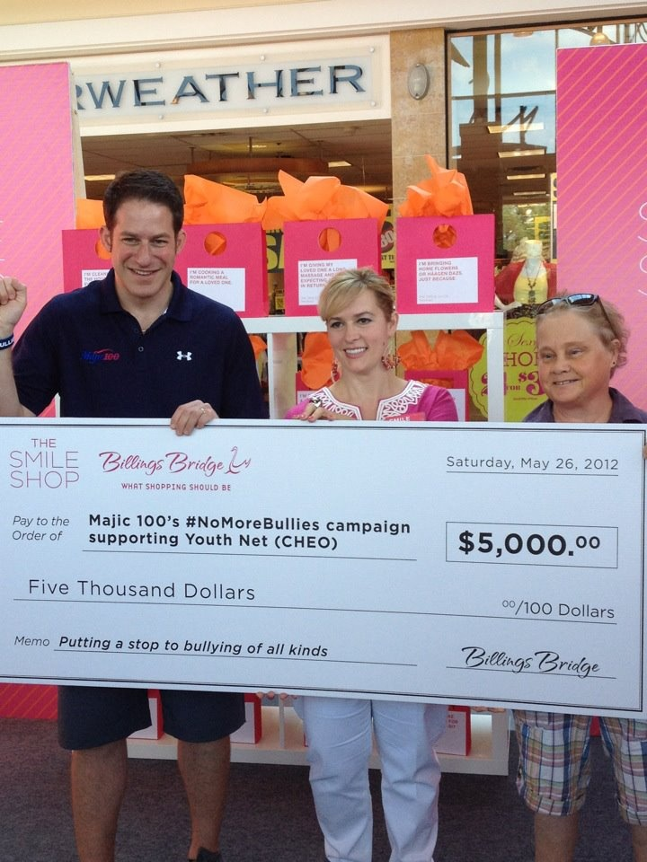 #smileshop presents cheque for $5000 to Majic 100's #nomorebullies for YouthNet (CHEO)