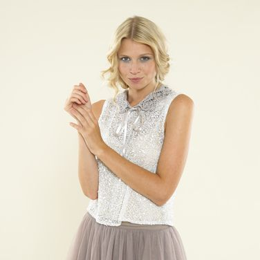 Pretty lace collar from the second Sublime Egyptian cotton dk book - hand knitting made modern.