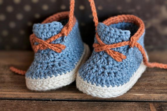 This listing is for the PATTERN only, not the finished product!  Introducing the Brogue casual boot. This boot is designed to be worked up quickly, and is simple to make! Pattern available in 3 sizes 0-3mos (3.5), 6mos (4), 12mos (4.75).  You will need a 3.5mm hook (E) or size needed to obtain gauge. You will also need two colors of worsted weight yarn (1.7oz), with a small amount of contrast color in worsted weight.  All of my patterns are written in standard US terms! An intermediate…