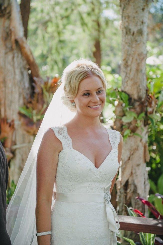 Mariana Hardwick, Madison Lace Size 10 Wedding Dress For Sale | Still White Australia