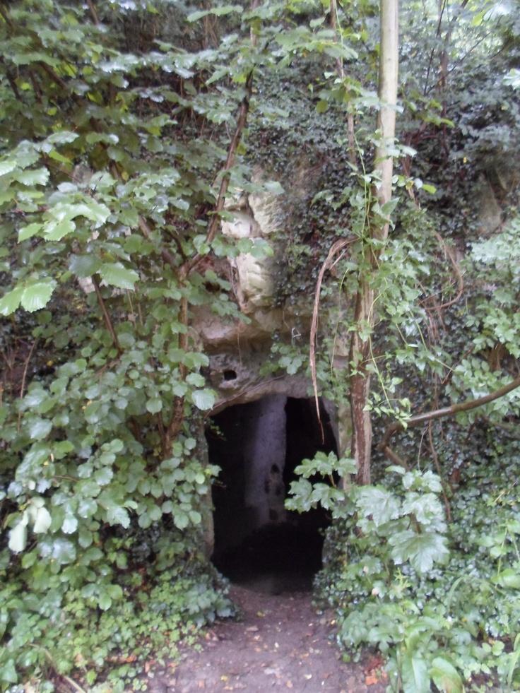 cave ternaaien