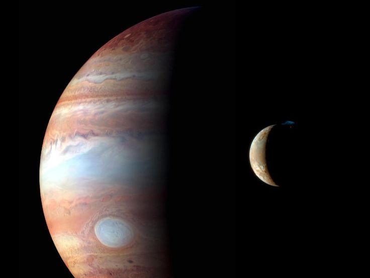 This New Horizons image shows Jupiter and its volcanic moon Io, during the spacecraft's Jupiter flyby in early 2007.