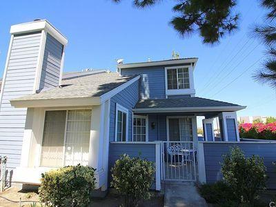 Walnut, CA | zillow . . . townhouse, 3 bedrooms, 2.5 baths, 1,485 sqft, Walnut High School (a case could be made for Diamond Bar High School)