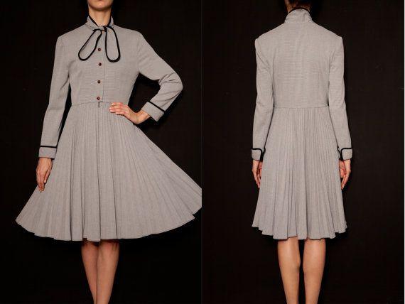 Grey Vintage dresses  Long sleeve dress  by VintageCosmopolitan