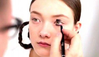 Учимся делать японский макияж - http://vipmodnica.ru/uchimsya-delat-yaponskij-makiyazh/