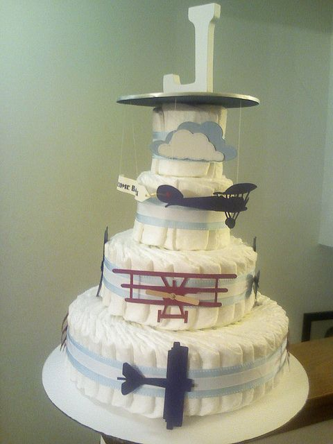 Airplane diaper cake by prmama528, via Flickr