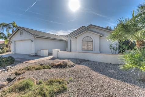 SOLD! 9047 E CEDAR WAXWING DR, SUN LAKES, AZ 85248 3 bedroom, 2 bathroom home for sale in Oakwood Country Club #AmyJonesGroup