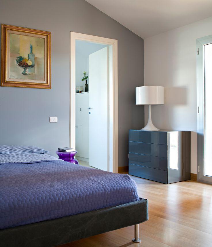Pi di 25 fantastiche idee su camere da letto con finestre for Disegni di piano casa di due camere da letto