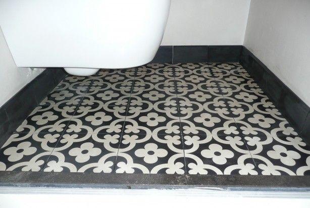 Toilet met Portugese tegels,cementtegels FLOWERZ 1 , collectie FLOORZ
