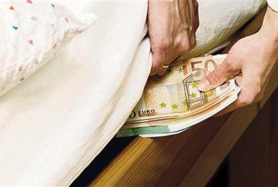NASCONDI I RISPARMI IN CASA? DIVENTERA' REATO! #nascondere #soldi