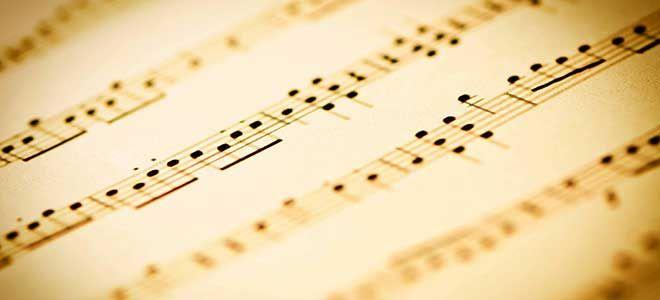 """Barry Manilow en Bruce Sussman beide bekend als componisten van o.a """"Copacabana"""". Hebben samen een musical geschreven, genaamd """"Harmony"""".  Barry Manilow is niet alleen een wereldberoemde zang maar ook producer en arrangeur van muziek.  Samen met zijn muzikale vriend Bruce Sussman hebben zij een aantal jaren geleden een nieuwe musical geschreven over de Duitse muziekgroep """"The Comedian harmonists""""."""