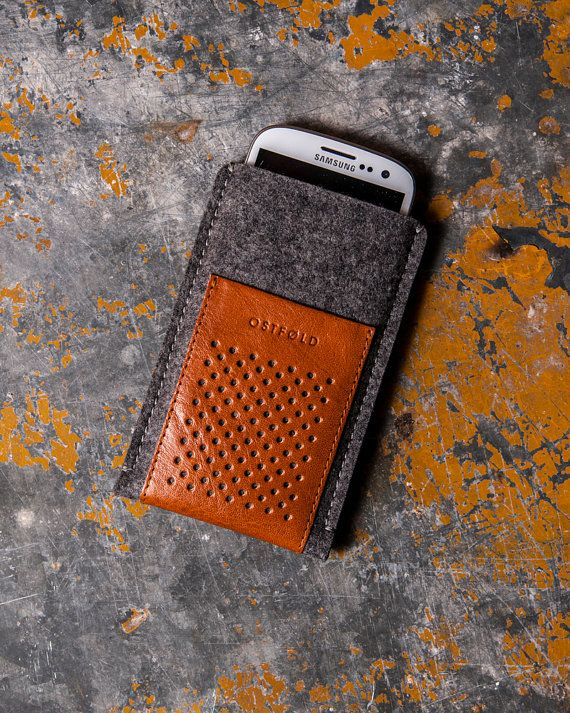 Samsung Galaxy S6 and S7 wool and leather cover
