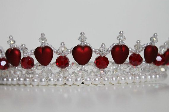 Beautiful Red Hearts and Crystal Tiara от CreativeCalling1 на Etsy