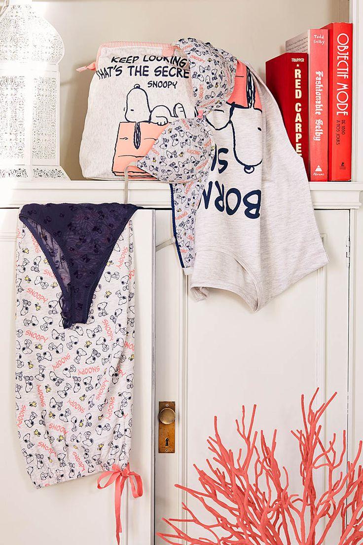 les 25 meilleures id es de la cat gorie photographie lingerie sur pinterest lingerie de. Black Bedroom Furniture Sets. Home Design Ideas
