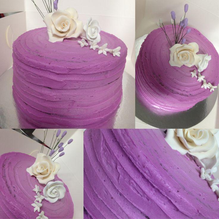 Vanilla buttercream smash cake