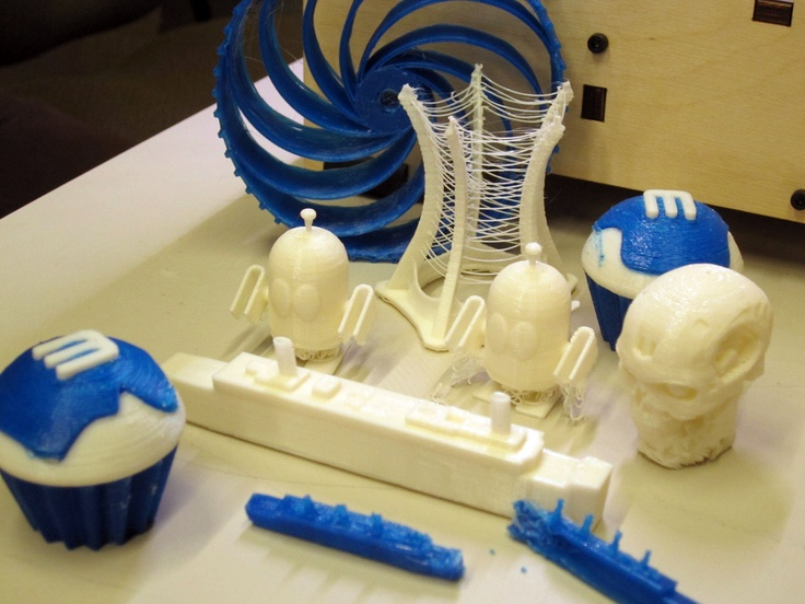 A few things Michael and Riel have created on the printer--from cupcakes to a mini-Titanic!