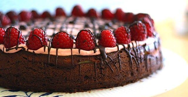 Cheesecake Brownie med Hindbærskum |