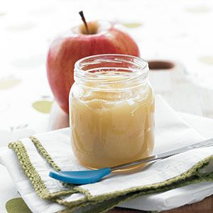 Homemade Baby Food Purees - Has lots of suggestions for what kinds of foods. Helpful.