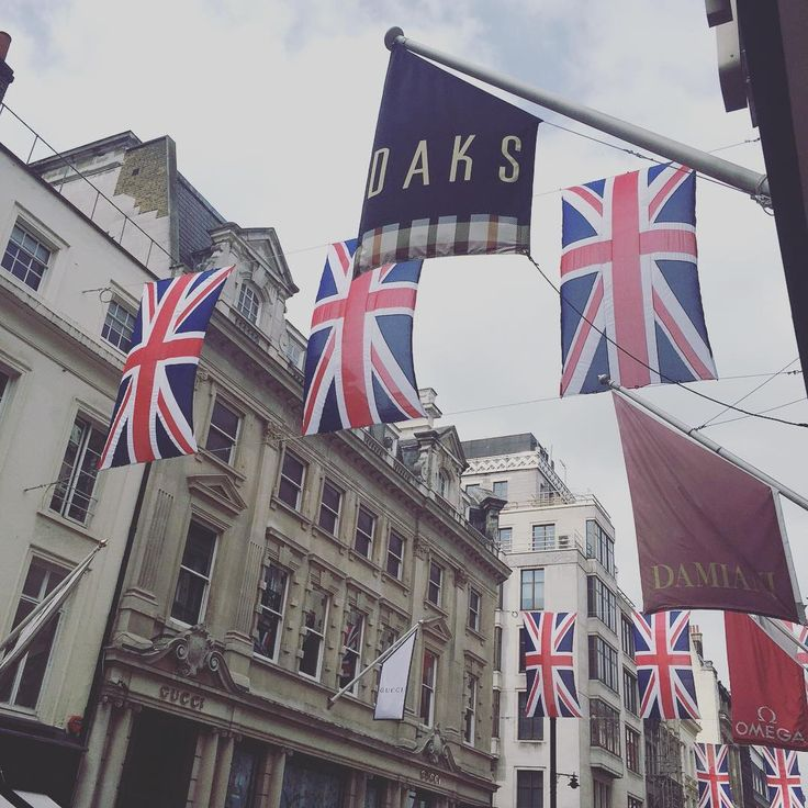 DAKS Old Bond Street Shop 10 Old Bond Street London W1S 4PL  #DAKS #london  #oldbondstreet #ユニオンジャック #unionjacks