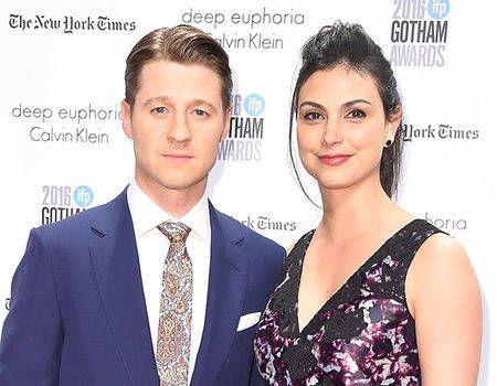 Benjamin McKenzie Marries Morena Baccarin in New York City   E! News