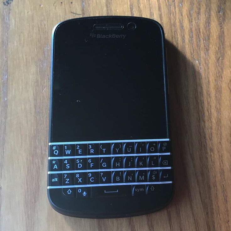"#inst10 #ReGram @clara_lee_92: 다시돌아온 베리베리 #블랙베리  #블랙베리#블랙베리q10#blackberry . . . . . . (B) BlackBerry KEYᴼᴺᴱ Unlocked Phone ""http://amzn.to/2qEZUzV""(B) (y) 70% Off More BlackBerry: ""http://ift.tt/2sKOYVL""(y) ...... #BlackBerryClubs #BlackBerryPhotos #BBer ....... #OldBlackBerry #NewBlackBerry ....... #BlackBerryMobile #BBMobile #BBMobileUS #BBMobileCA ....... #RIM #QWERTY #Keyboard .......  70% Off More BlackBerry: "" http://ift.tt/2otBzeO ""  .......  #Hashtag "" #BlackBerryClubs "" ......."