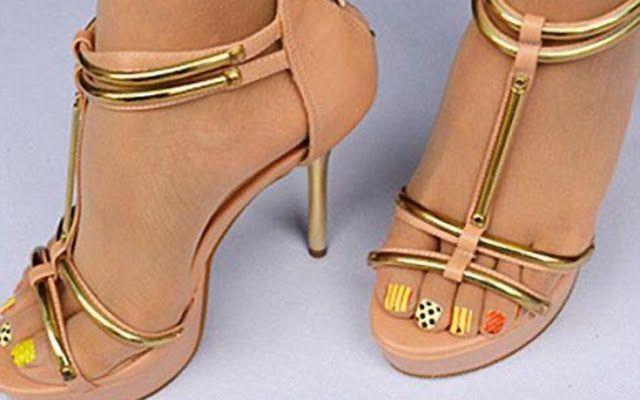 Νikolas: Το απόλυτο «γκάτζετ» για τα γυναικεία πόδια