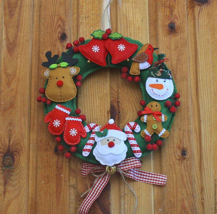 Купить Рождественский венок из фетра - зеленый, новогодний сувенир, новогодний декор, новогодний интерьер