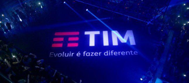 TIM volta atrás e permite que clientes continuem navegando após fim de franquia de internet - EExpoNews