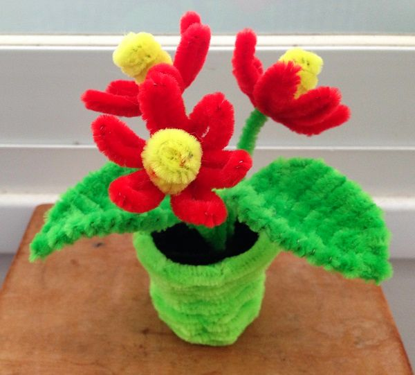 401 best pipe cleaner craft images on pinterest pipe for Easter crafts pipe cleaners