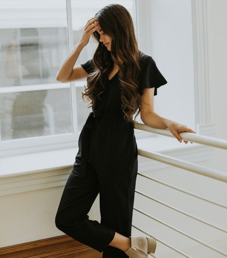 The Francesca Jumper | Paige Avenue | Black Jumpsuit | Jumper | Modest Jumpsuit | Anthropologie Style | #anthroinspired #anthrostyle