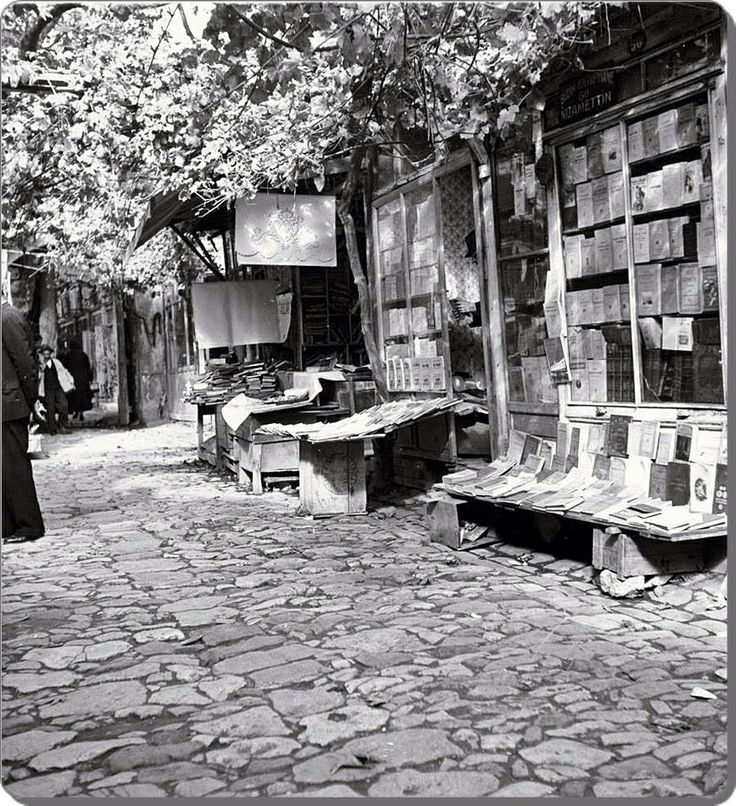 Beyazit / Sahaflar carsisi 1935
