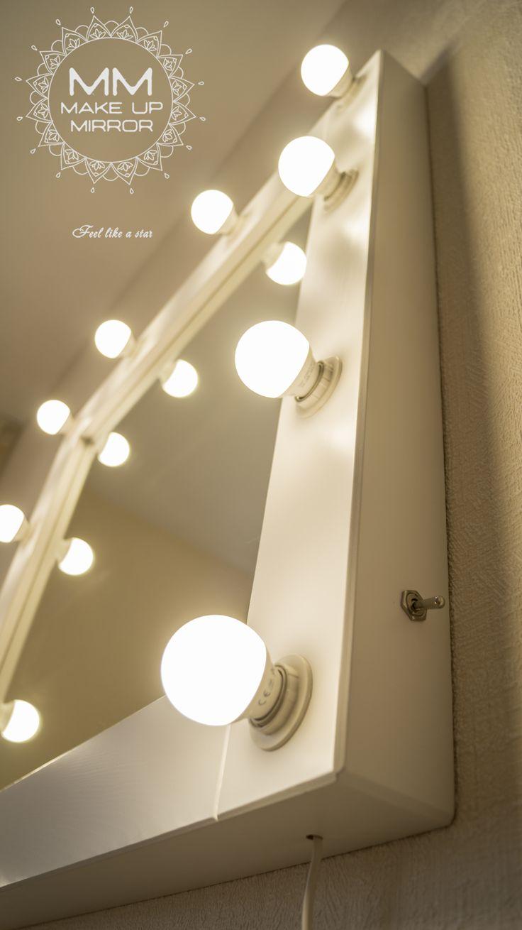 """""""Амбассадор"""" - квадратное гримерное зеркало для макияжа! Оптимальный размер, шикарная рама! Размер 750х750х65 мм (10 светодиодных ламп правильного для макияжа света в комплекте)"""
