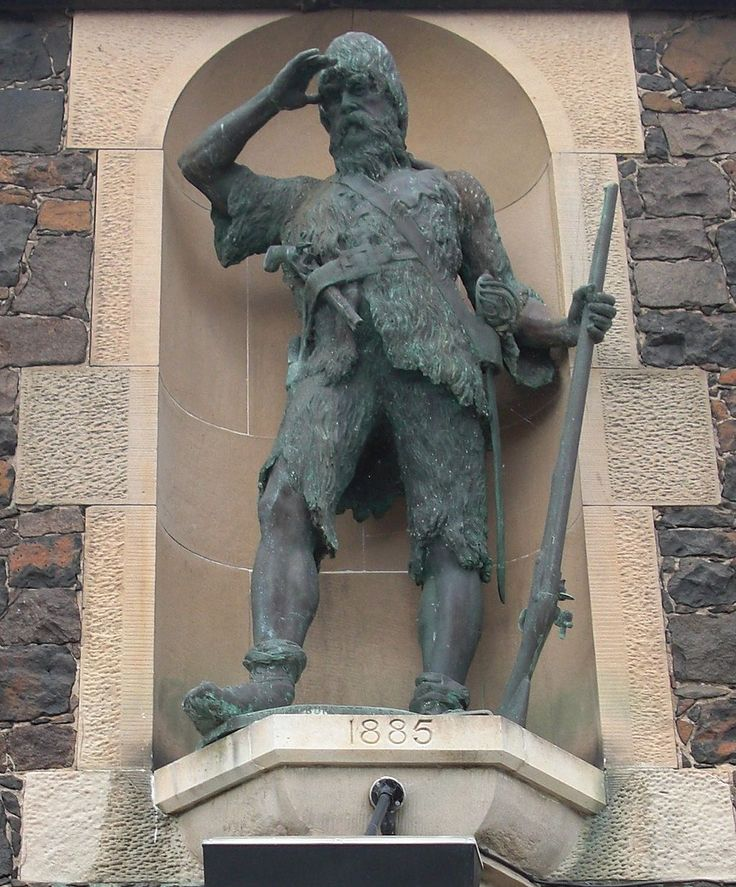 The statue of Alexander Selkirk, whose story was the inspiration for Robinson Crusoe. #AlexanderSelkirk #RobinsonCrusoe