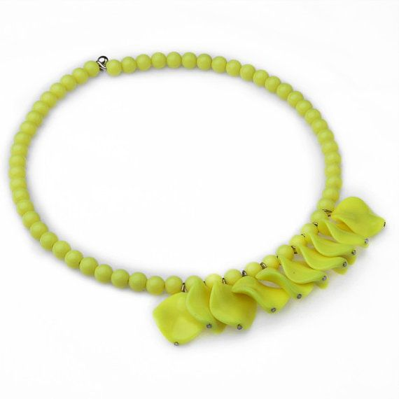 FJ Yellow Resin Beads Piece Chain Fashion by Glamorosajewelry
