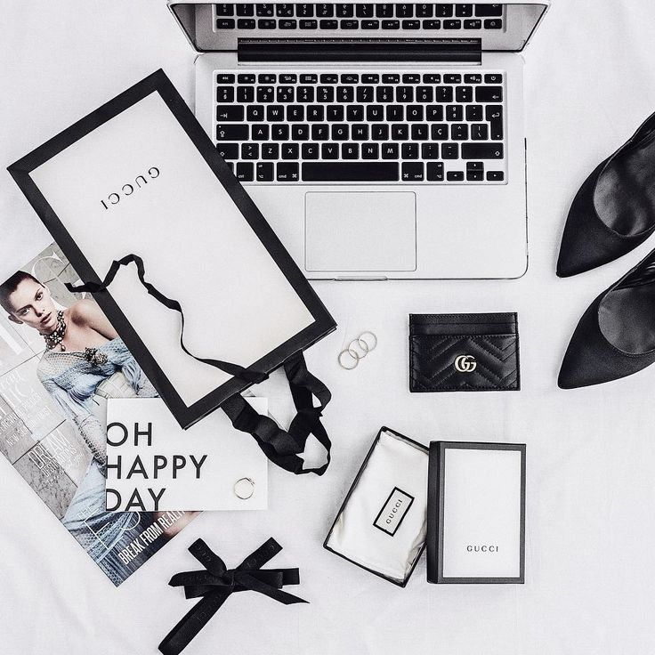 lovely in black // @styletraces #flatlay @gucci @zara