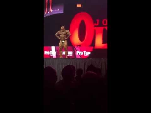 Mr  Olympia LCC stage 2015