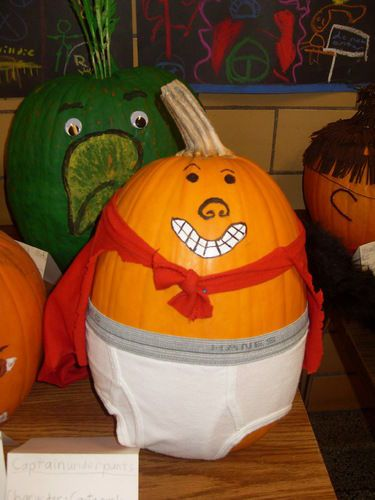 A Captain Underpants pumpkin: Books Character, Good Ideas, 2Nd Grader, Fall Fest, Books Reports, Book Characters, Pumpkin Decor, Captain Underpants, Book Reports