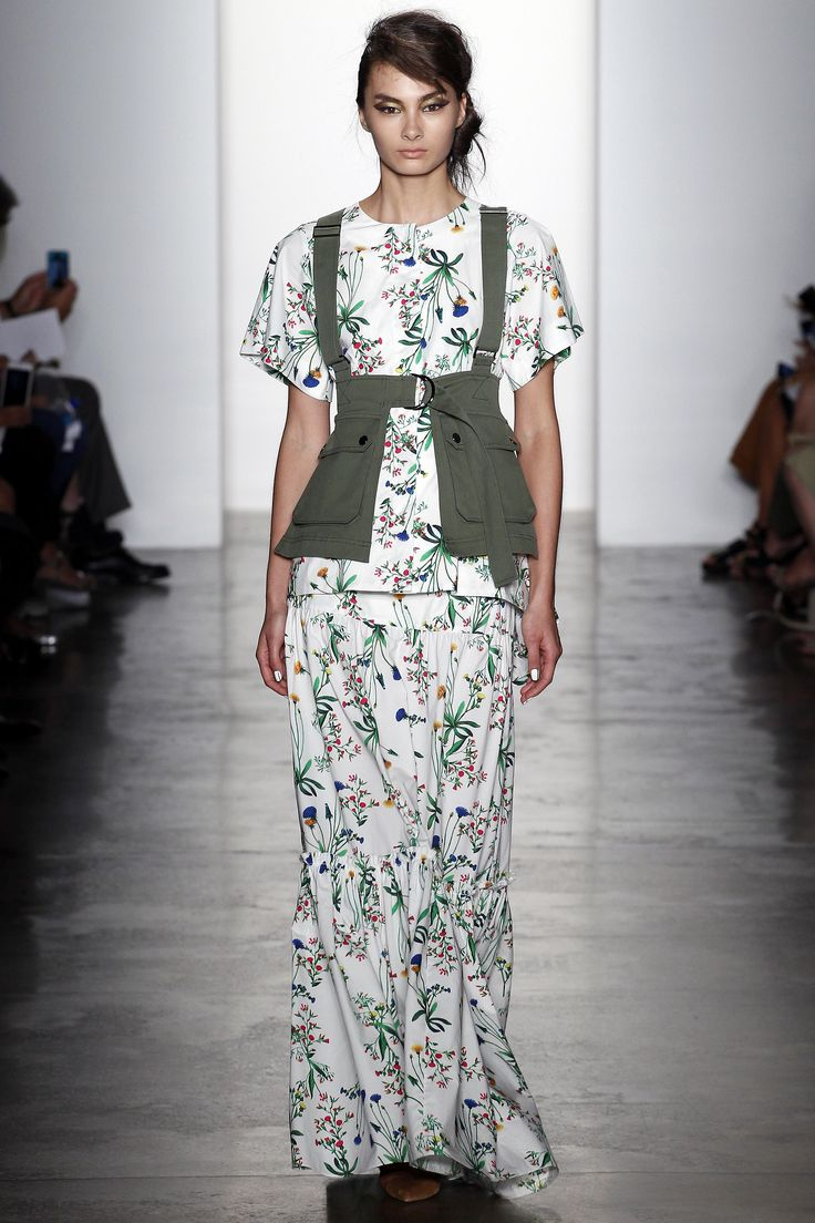 Marissa Webb Spring 2016 Ready-to-Wear Fashion Show THIS UTILITY APRON DOE