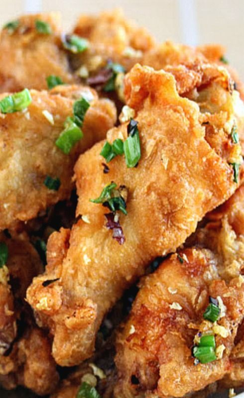 Salt and Pepper Chicken Wings - garlic, chili flakes and pepper are the key flavors in these crispy crunchy wings