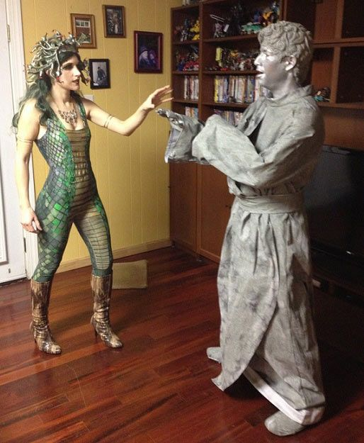 diy couple costumes maskerixcom medusa halloween costumeclever - Creative Halloween Costume Idea
