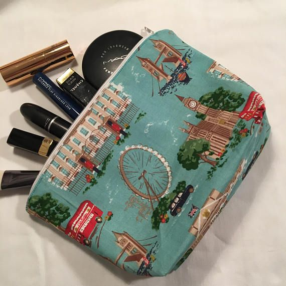 Make-up purse,  make-up bag, cosmetic bag, Cath Kidston London fabric, handbag storage, make-up storage, zipped pouch, travel purse, gift