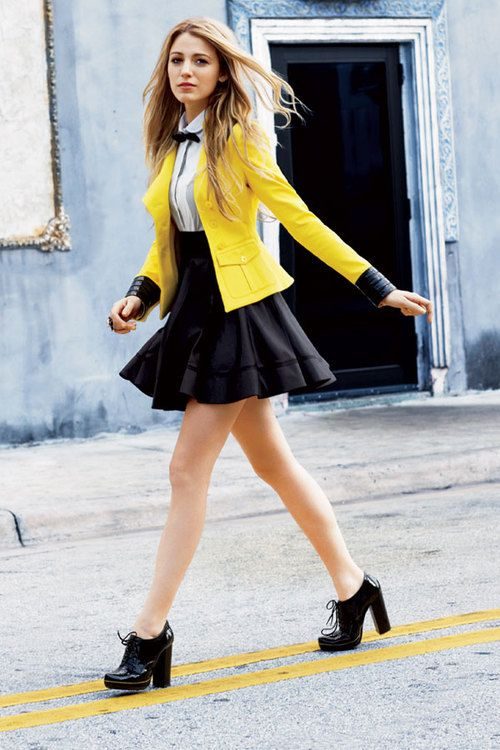Yellow blazer styling