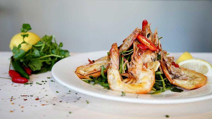 Garlic and Chilli Prawn Salad - Hurricane's Grill Bondi Beach
