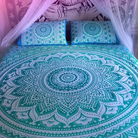 This listing is for  queen or twin sized duvet doona cover and matching  pillowcases  Gorgeous  colorful mandala tapestry duvet cover. 1000  ideas about Comforter Cover on Pinterest   Quilts