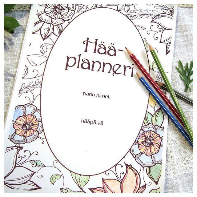 Here is a free printable wedding planner. Tässä ilmainen tulostettava hääplanneri häiden suunnittelua varten. Planneria voi myös värittää mieleisekseen.