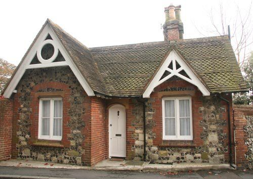 47 best images about stone and fairy tale cottages on for Small stone cottage house plans