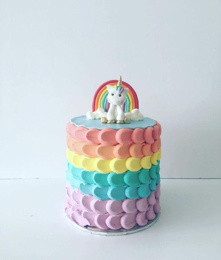 Unicorn rainbow petal cake
