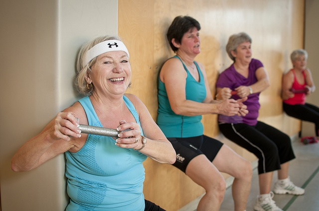 Strengthen your thighs by using dumbbells at the YMCA of Parry Sound